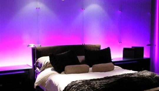सावधान, बेडरुममधील प्रखर प्रकाशामुळे वाढतं वजन