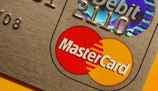 सावधान !, क्रेडीट कार्ड वापरताय, या 4 गोष्टी लक्षात ठेवा